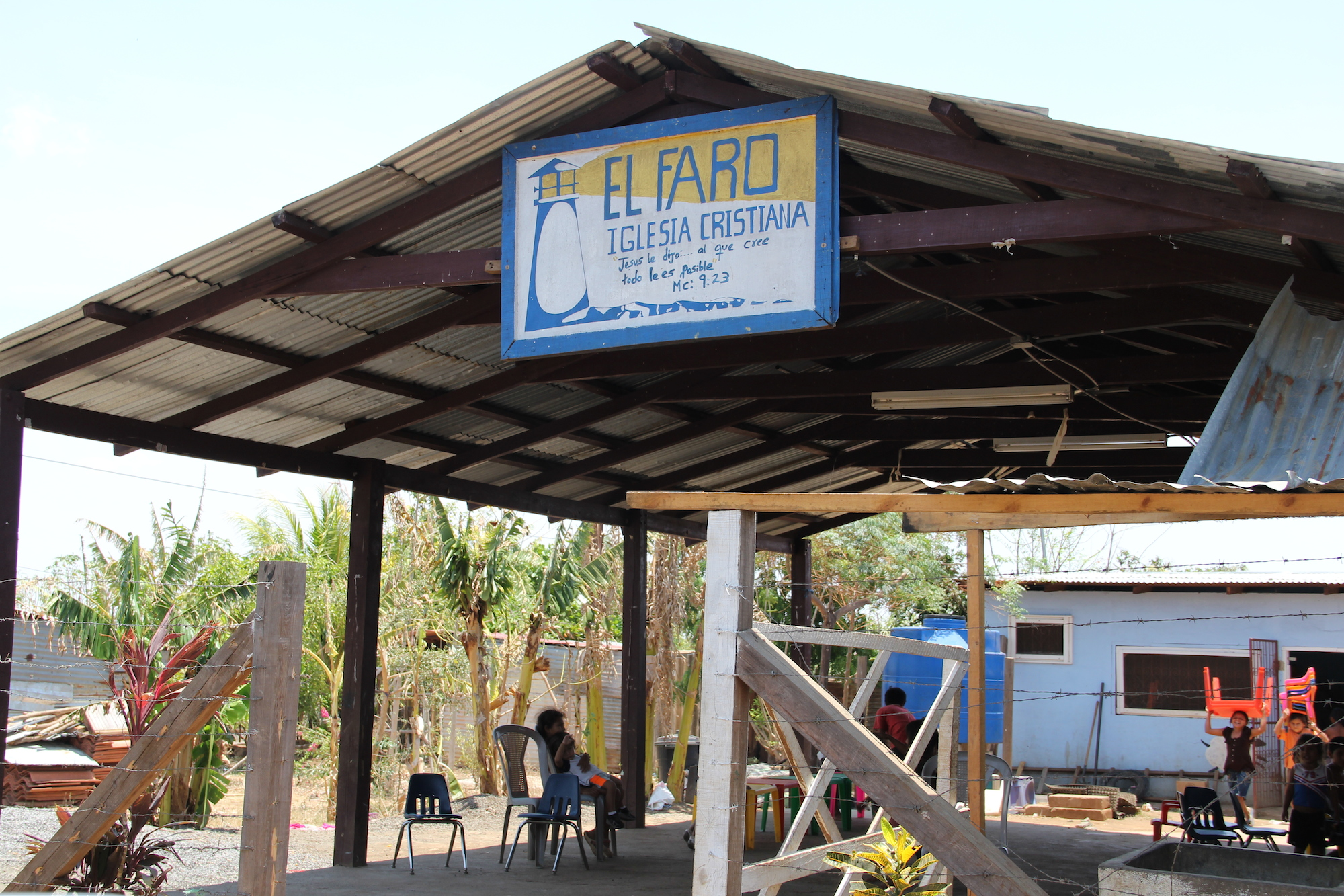The Local Church Initiative at El Faro Tipitapa  serves 220 children daily